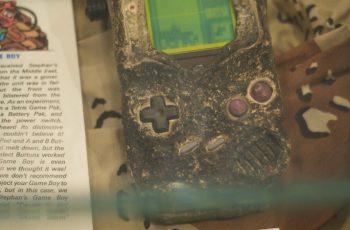 Nintendo exhibe una Game Boy que sobrevivió a la Guerra del Golfo